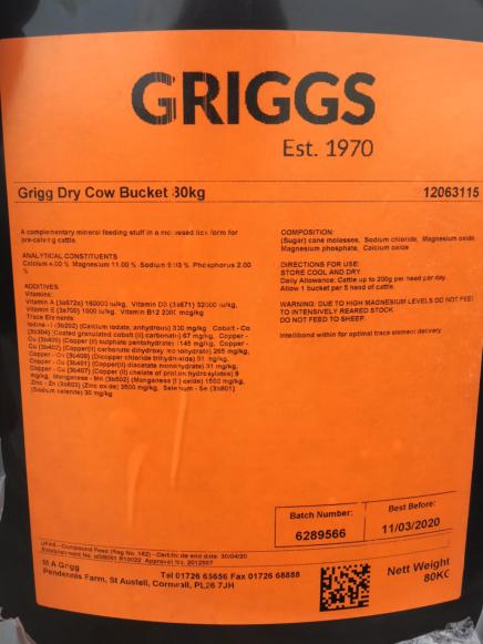 Griggs Dry Cow Bucket 80KG